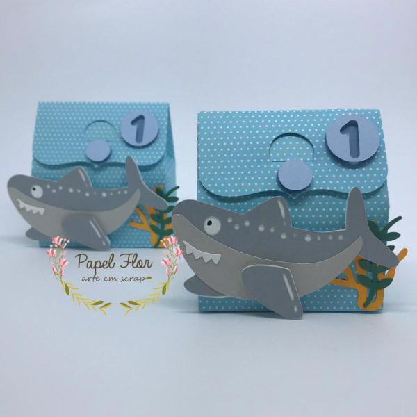 Caixa tubarão _ Papel Flor
